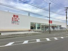 ユニクロ仙台泉店