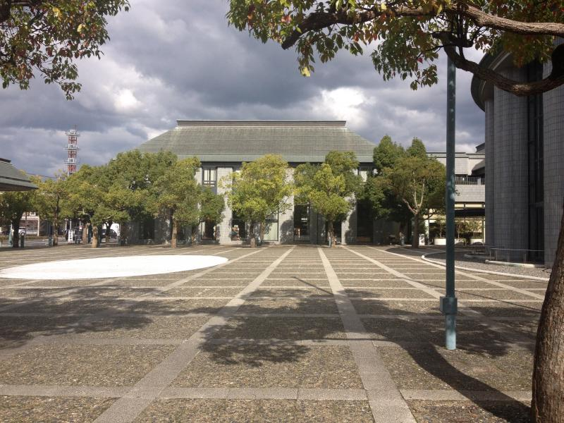 松江市立中央図書館
