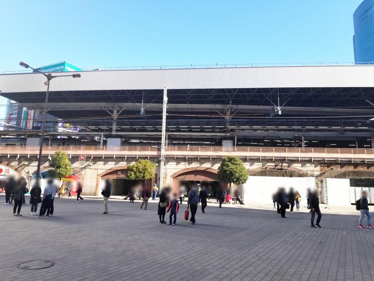 SL広場からJRのホーム方面