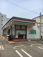 セブンイレブン姫路広畑正門通3丁目店