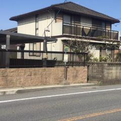 「内山道」バス停留所