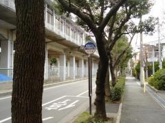 「園田公民館」バス停留所