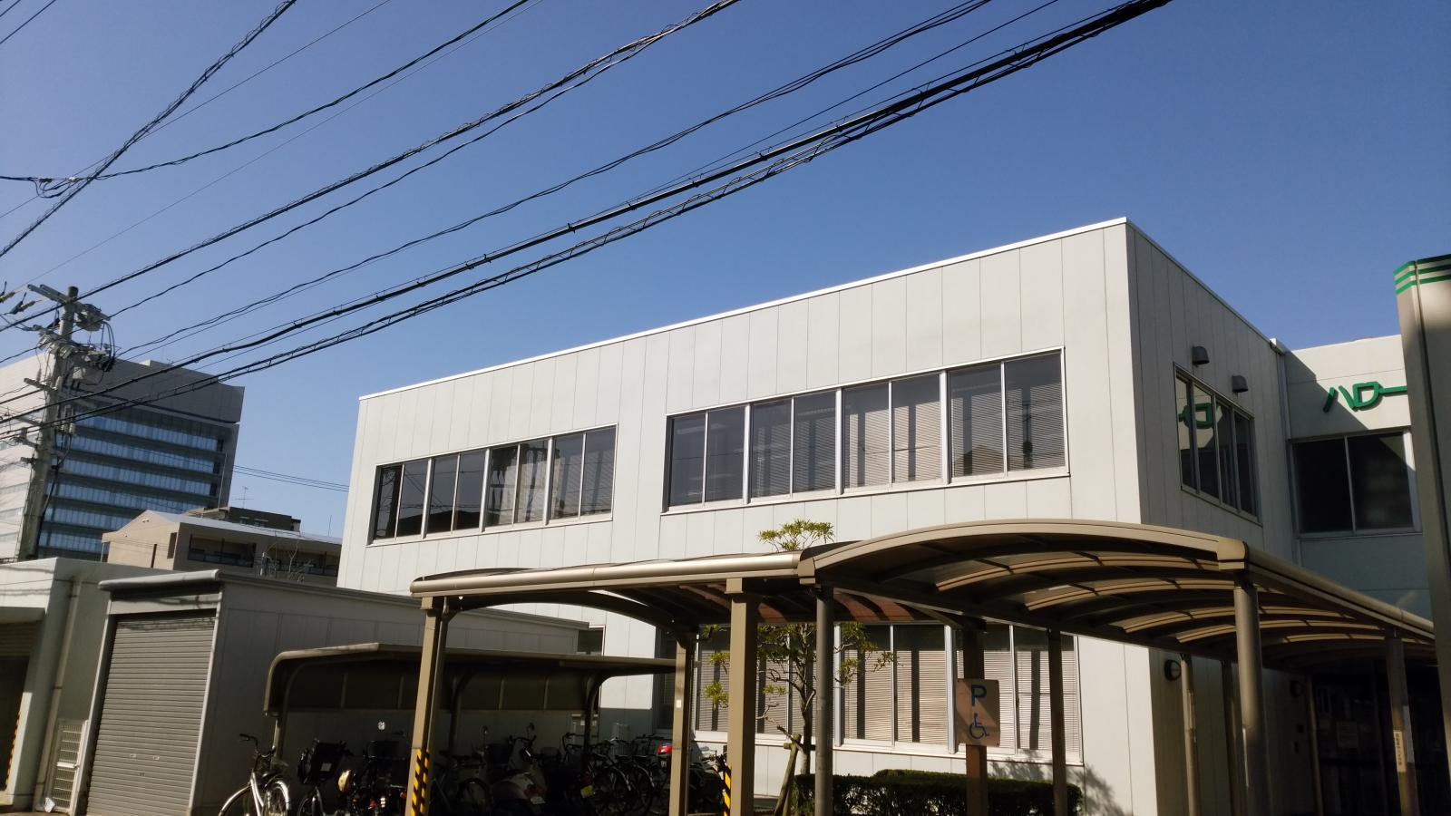 ハローワーク福岡西の建物外観。