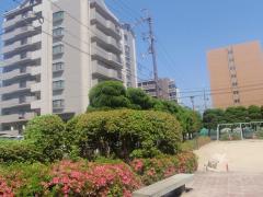 瀬田駅前西公園
