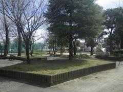 入谷中央公園