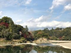 臥龍山荘庭園