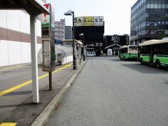 「買物広場」バス停留所