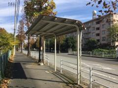 「菊間団地」バス停留所