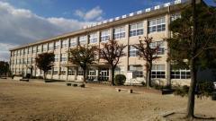 学戸小学校