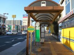 「敷島学校入口」バス停留所
