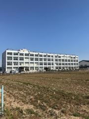 横内中学校