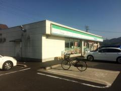 ファミリーマート 斐川荘原町店