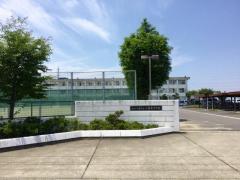 八幡東中学校