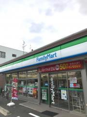 ファミリーマート 横浜十日市場店