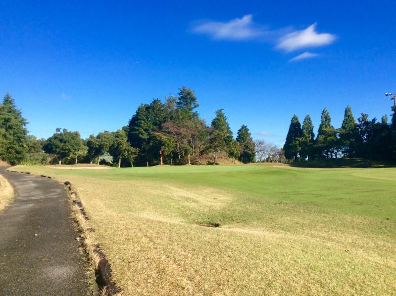ムーンレイクゴルフクラブ鶴舞コースを紹介します。