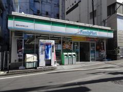 ファミリーマート 湘南台駅西口店