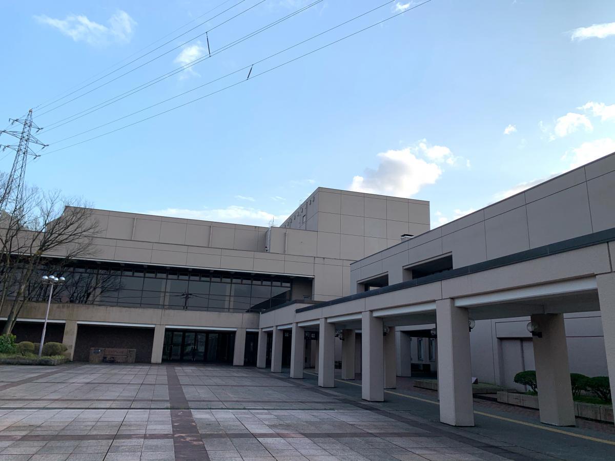富山県 砺波市文化会館