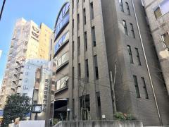 高山美容専門学校