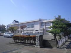 岩室小学校