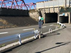 「伊曽島」バス停留所