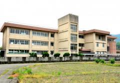 名草小学校