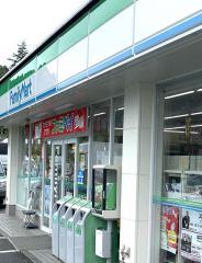 ファミリーマート 東長崎戸石店