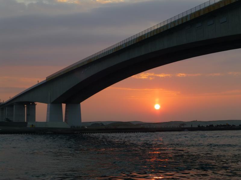 すばらしい!浜名大橋と日の出
