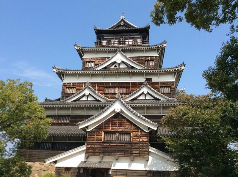 広島城の天守閣