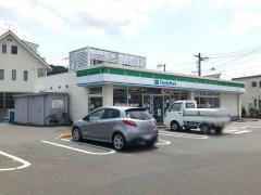ファミリーマート 岡山目黒町店