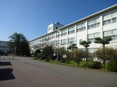 遠賀中学校