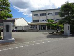 足羽中学校