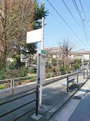 「下新庄駅西口」バス停留所