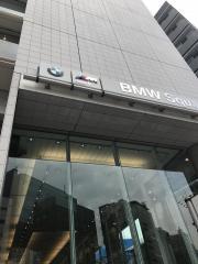 BMW Tokyo BMW Squareショールーム