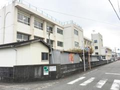 三輪崎小学校