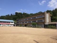 大石小学校