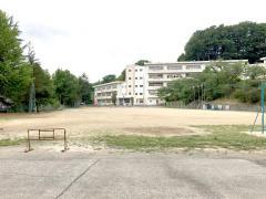 三春小学校