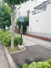 「東住吉警察署」バス停留所