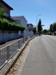 「福泉南中学校前」バス停留所
