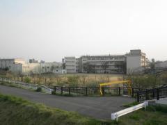 東青山小学校