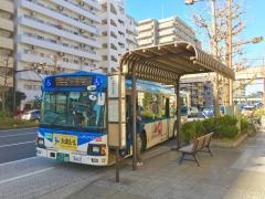 「川崎小学校前」バス停留所
