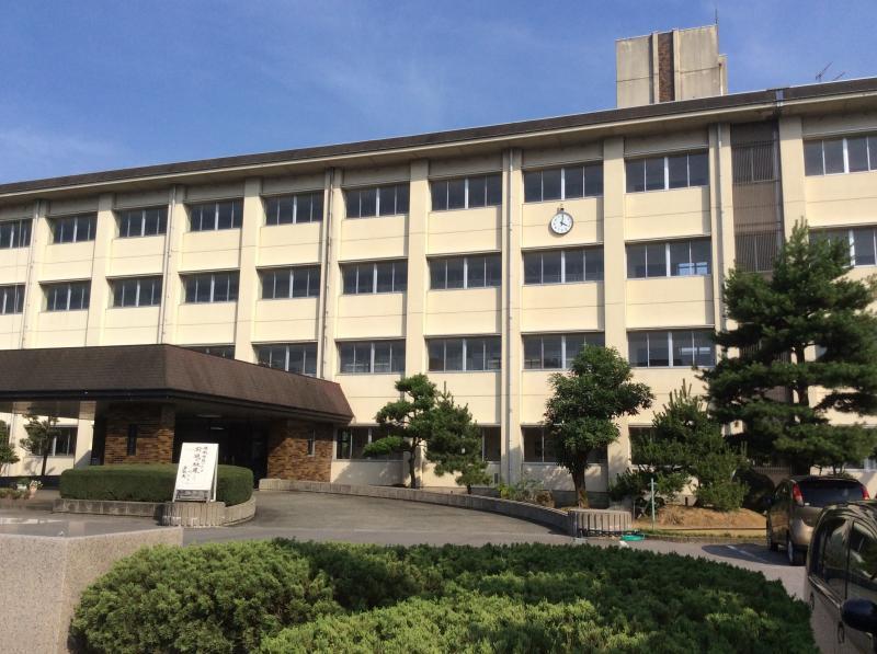 富山 商業 高校
