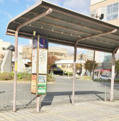 「地下鉄新金岡駅前」バス停留所