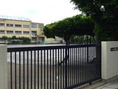 桃園第二小学校