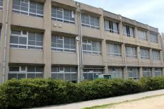 金岡南中学校