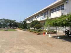 国分寺西小学校