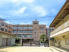 瓜破西中学校