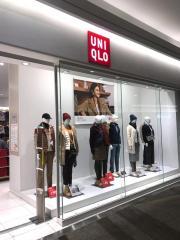 ユニクロ イオンレイクタウンmori店