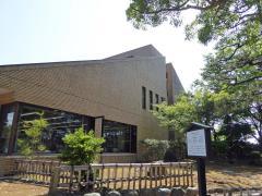 小松市立図書館