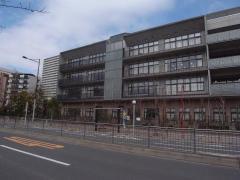 港南小学校