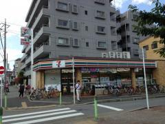 セブンイレブン 船橋薬円台駅前店